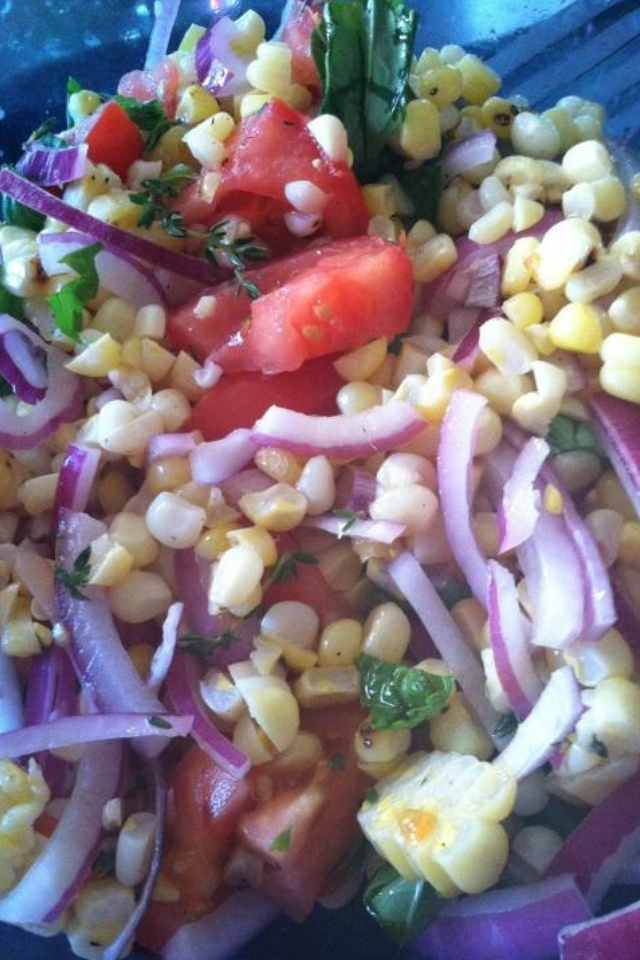 ... recipes/food/views/Charred-Corn-Salad-with-Basil-and-Tomatoes-51104300