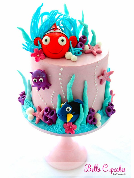 Finding Nemo cake   super excited that Nemo in 3d comes out the weekend of her 3rd bday :)