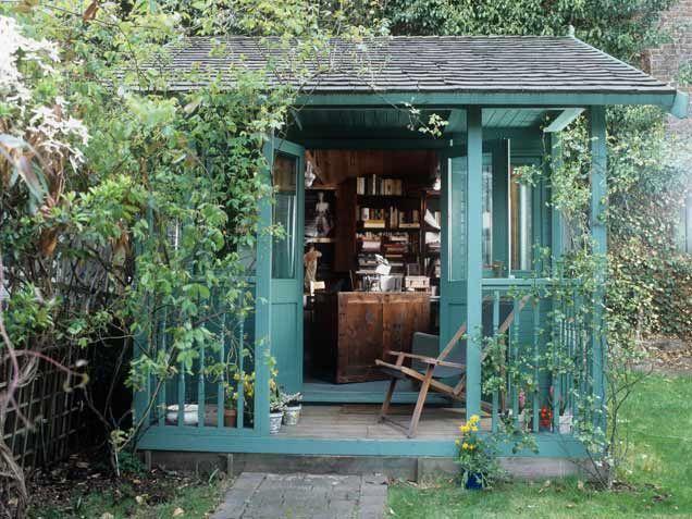 Small Backyard Getaways : Backyards