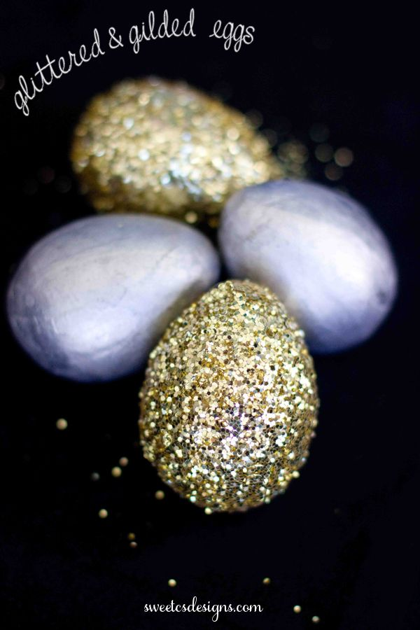 glittered & gilded eggs- a perfect addition to a classy, elegant #easter table setting or display! #glitter #eggs