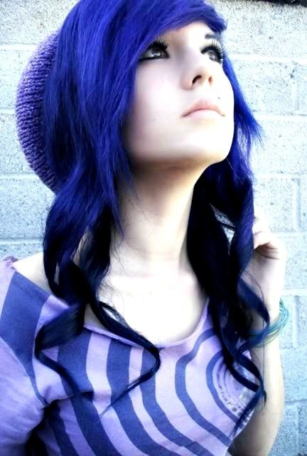 blue reverse ombre to black! Really cool