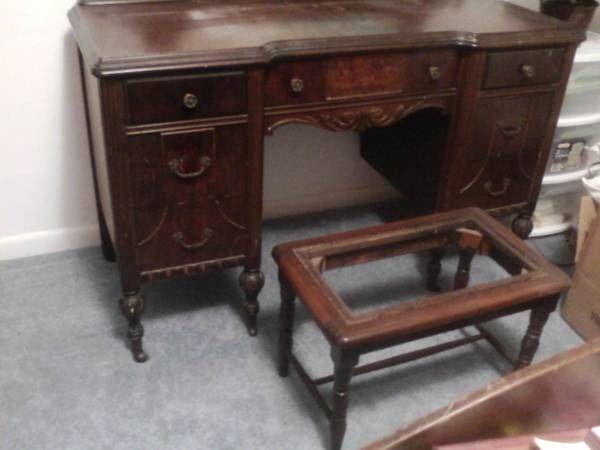 antique bedroom vanity in buymeeeeee 39 s garage sale in fort wayne in