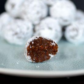 No Bake Gingerbread Pumpkin Snow Balls. | dairy free | Pinterest