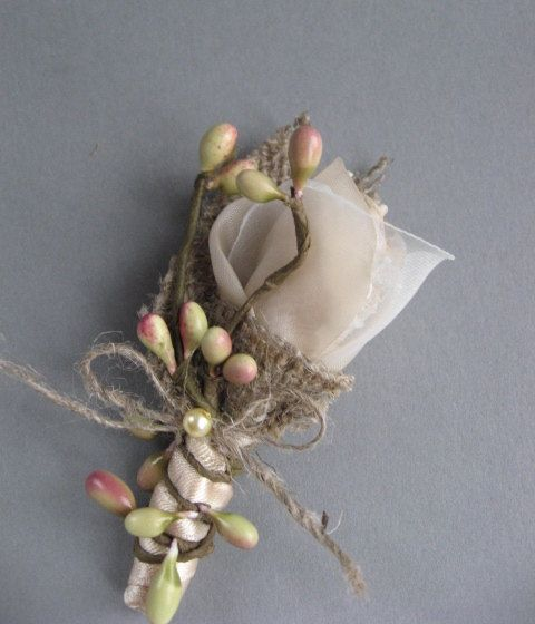 Wedding accessory groom boutonniere burlap rustic por LeFlowers, $20.00