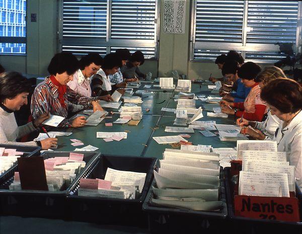 Ann es 1970 centre des ch ques postaux ccp de lyon rh ne l 39 adresse - Centre financier la poste lyon ...