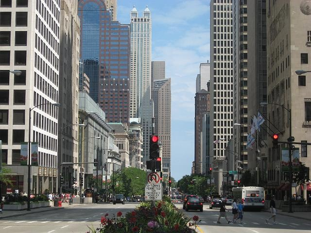 Magnificent Mile, Chicago ( miles from Magnificent Mile) Awesome reviews Description Steps away from the iconic shopping, dining and entertainment on the Magnificent Mile, this boutique hotel is located in the heart of downtown Chicago and offers an on-site restaurant, elegant rooms.