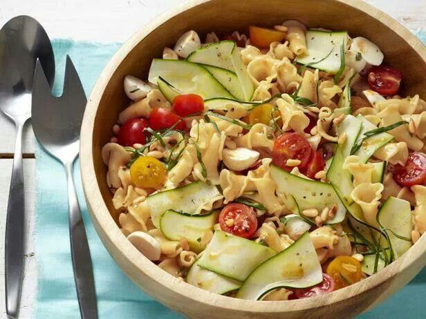 Garden pasta salad | salads | Pinterest