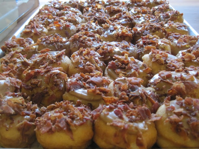 Maple Bacon Mini Donuts | Sugar, Spice, and Butteflies | Pinterest