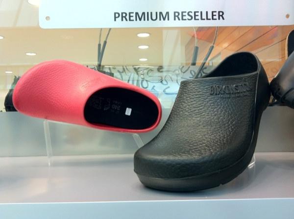 Pin by il markio on unisex pinterest - Zapatos para cocina ...