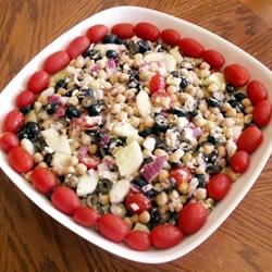 Greek Garbanzo Bean Salad. Vegetarian but can be Vegan (without the ...
