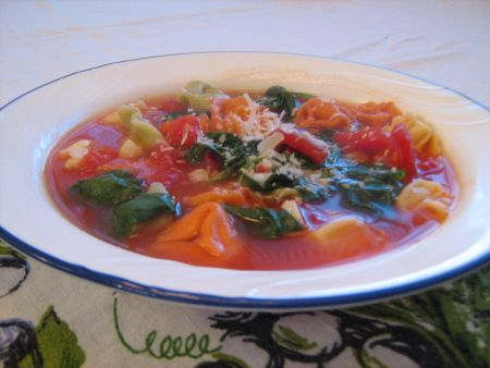 SOUP - garlic + spinach tortellini soup (just sub veggie broth)