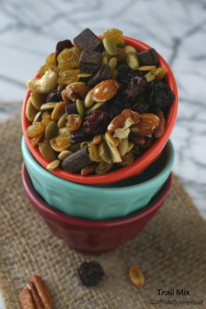 Susie Freaking Homemaker » Easy Trail Mix