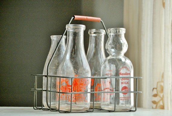 metal milk bottle carrier happy moooooother 39 s day cow. Black Bedroom Furniture Sets. Home Design Ideas