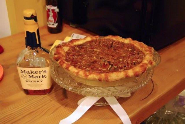 Bourbon Derby Pie1 640x428 Bourbon Derby...The Best Pie (and the best ...