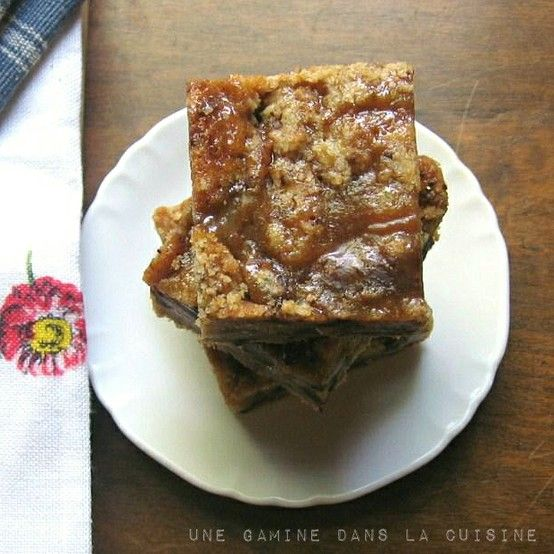Salted Caramel and Chocolate Chunk Bars | une Gami
