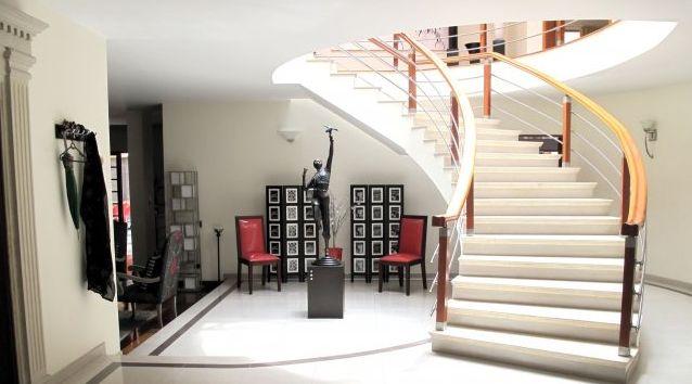 Baño Turco Para Casa:Espectacular casa remodelada duplex, área de construido 898 M2, de