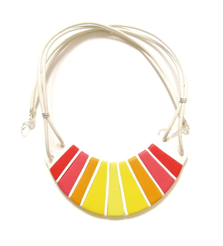 Perfect bright summer necklace by HunkiiDorii on Etsy