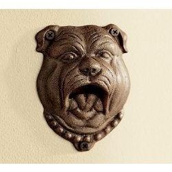 Ένα σκύλος στη πόρτα σας...