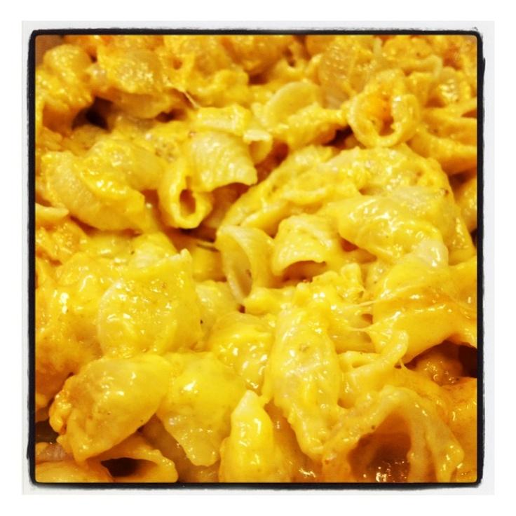 Mac and cheese please... | Taste n See by Audrey | Pinterest