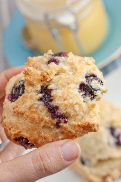 Best Blueberry scones with lemon glaze