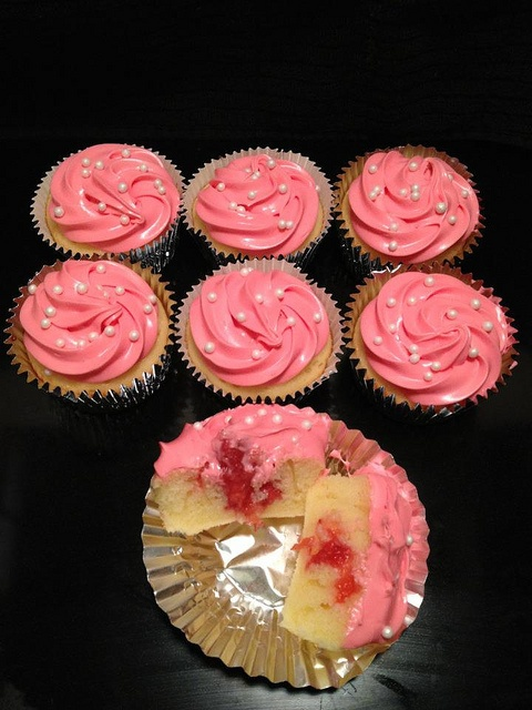 Strawberry Filled Cupcakes | My Own Creations | Pinterest