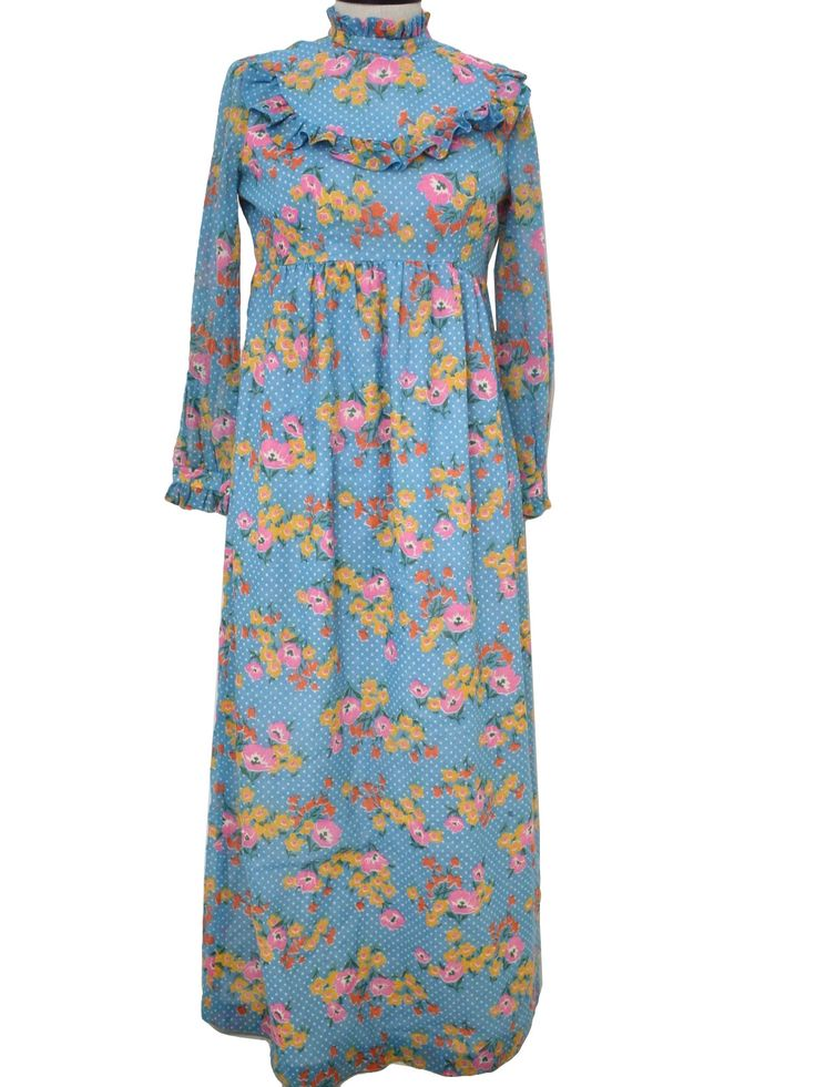 Granny dresses omg sez this great granny i wouldn t wear that if