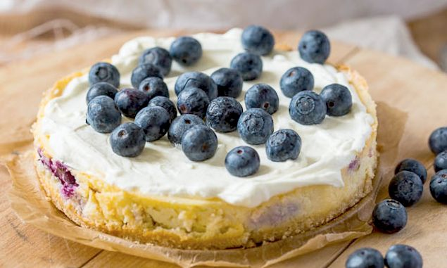 Blueberry Mascarpone Cheesecake With Amaretti Crust Recipe ...