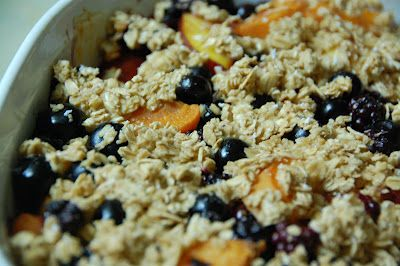 ... : Nectarine, Blackberry, and Blueberry Crisp (Skinny Bitch Tuesday