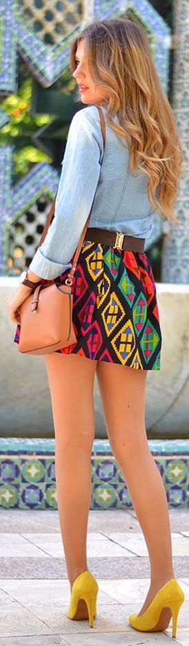Print skirt & heels