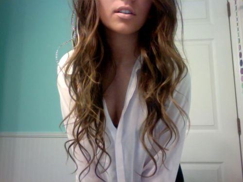 wish my hair would curl like this. :/