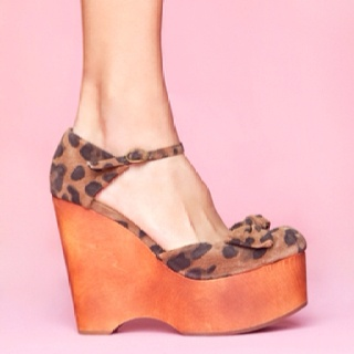 Love these Jeffery Campbell shoes