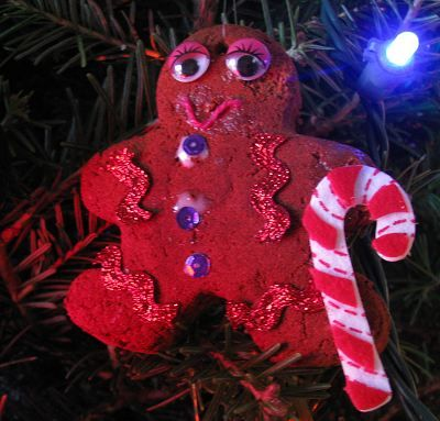 How to Make Cinnamon Applesauce Ornaments   Naturally Educational