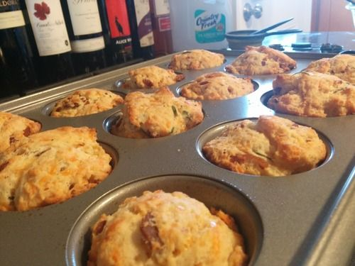 Bacon, Cheddar and Chive Muffins | Expanding My Food Horizons