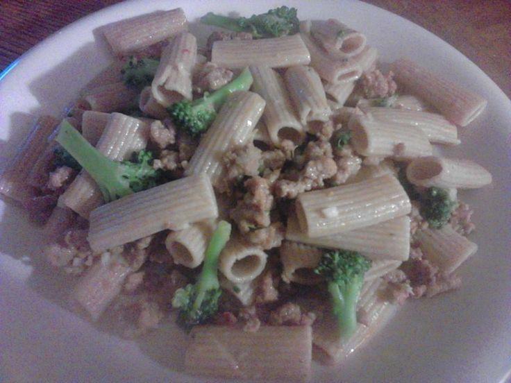 Emeril's Rigatoni With Broccoli And Sausage Recipe — Dishmaps