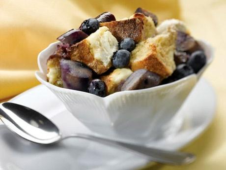 Breakfast bread pudding | Bar/Restaurant | Pinterest