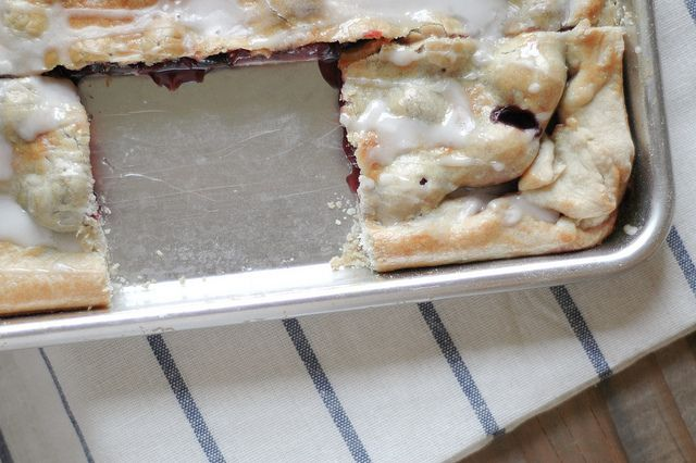 Sweet and Sour Cherry Slab Pie | All Sweet All the Time | Pinterest