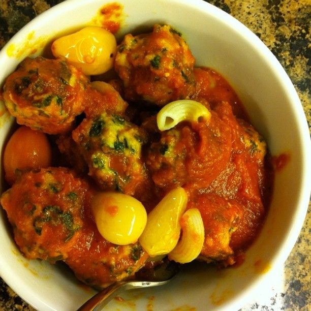 Herbed Turkey & Spinach Meatballs with roasted tomatoes & red pepper ...
