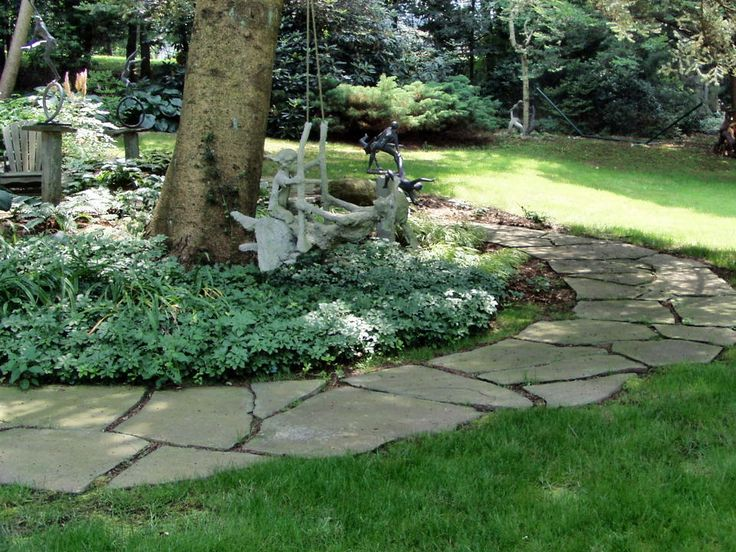 Bluestone stepping stone path gardening pinterest for Pinterest garden stones
