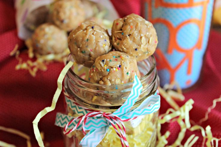 "SKINNY BIRTHDAY CAKE COOKIES - A ""skinny"" no-bake version of ..."