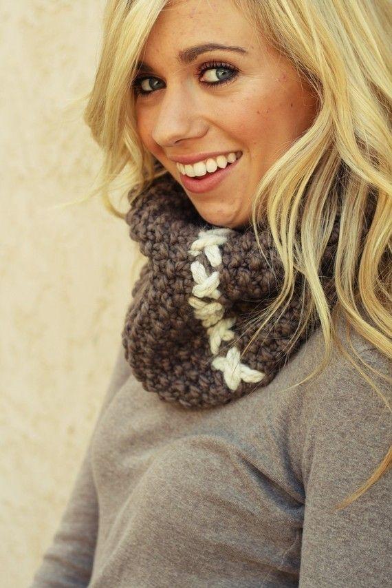 knitting pattern PDF / the COBBLESTONE cowl