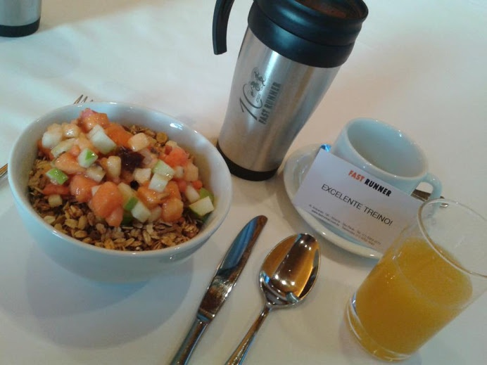 Café da manhã reforçado na Clínica Fast Runner & Luciano Pagliarini