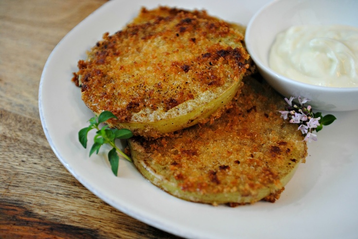Panko fried green tomatoes, with smoked paprika and ginger aioli