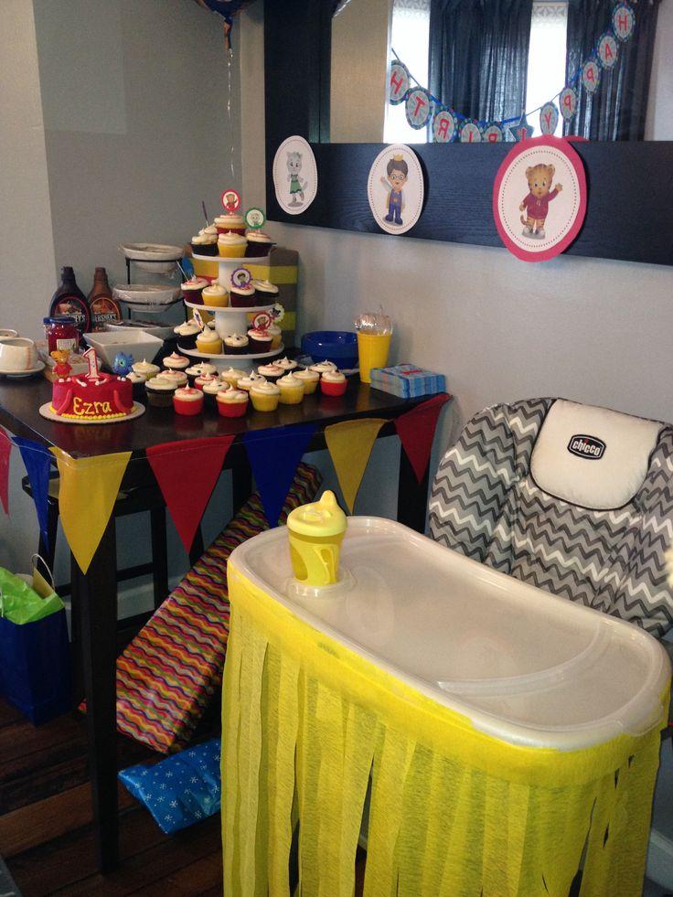 Daniel Tiger Birthday Cake Ideas And Designs