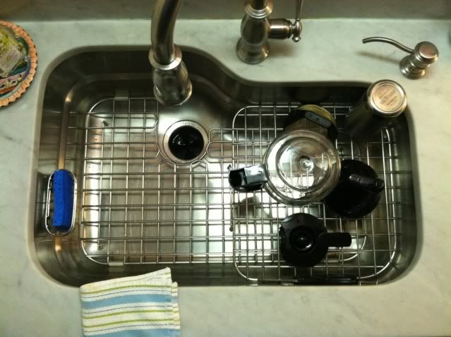 How To Fit A Franke Sink : The Franke Orca sink--love how the drain grids fit onto the shelf for ...