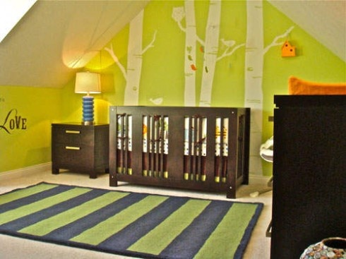 I like the painted trees behind the crib… dont like the dark walls, but the id