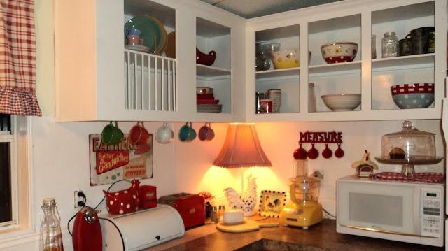My red and white kitchen  Red & White Farmhouse Kitchen  Pinterest