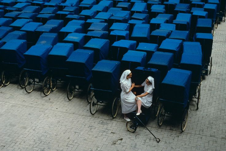 Two nurses take a break | France 1989 | Steve McCurry