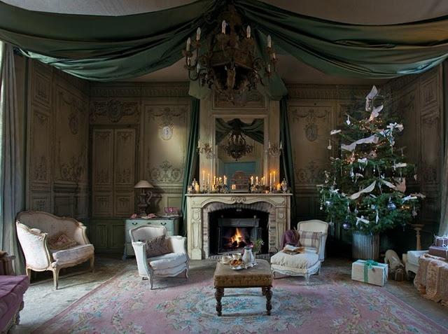 French Christmas Decor