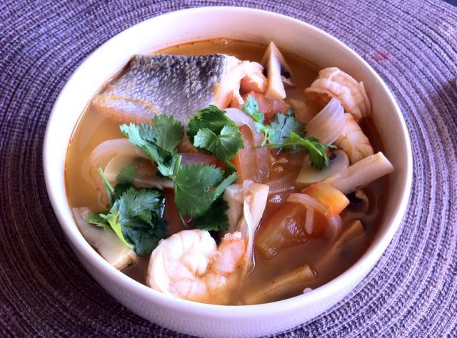 Tom Yum Goong Recipe (Thai Shrimp Soup) | Soup time.warm the soul ...
