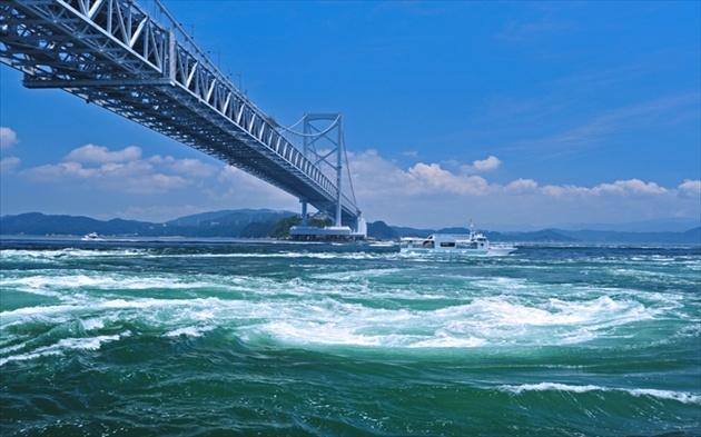 徳島県 鳴門の渦潮 徳島県 鳴門の渦潮 | Trip to Japan | Pinterest
